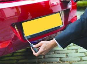 Bahrain: Damaged Car Number Plates To Be Replaced For Free